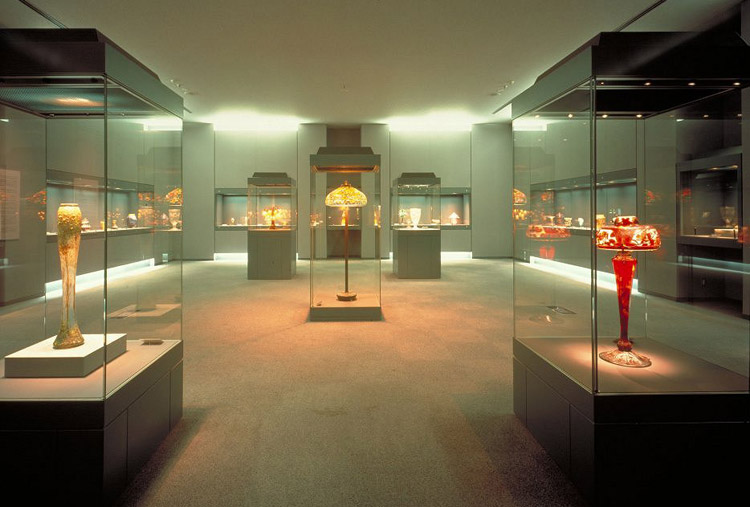 Exhibition Display Lighting : Clicknetherfield museum showcases gt case studies by