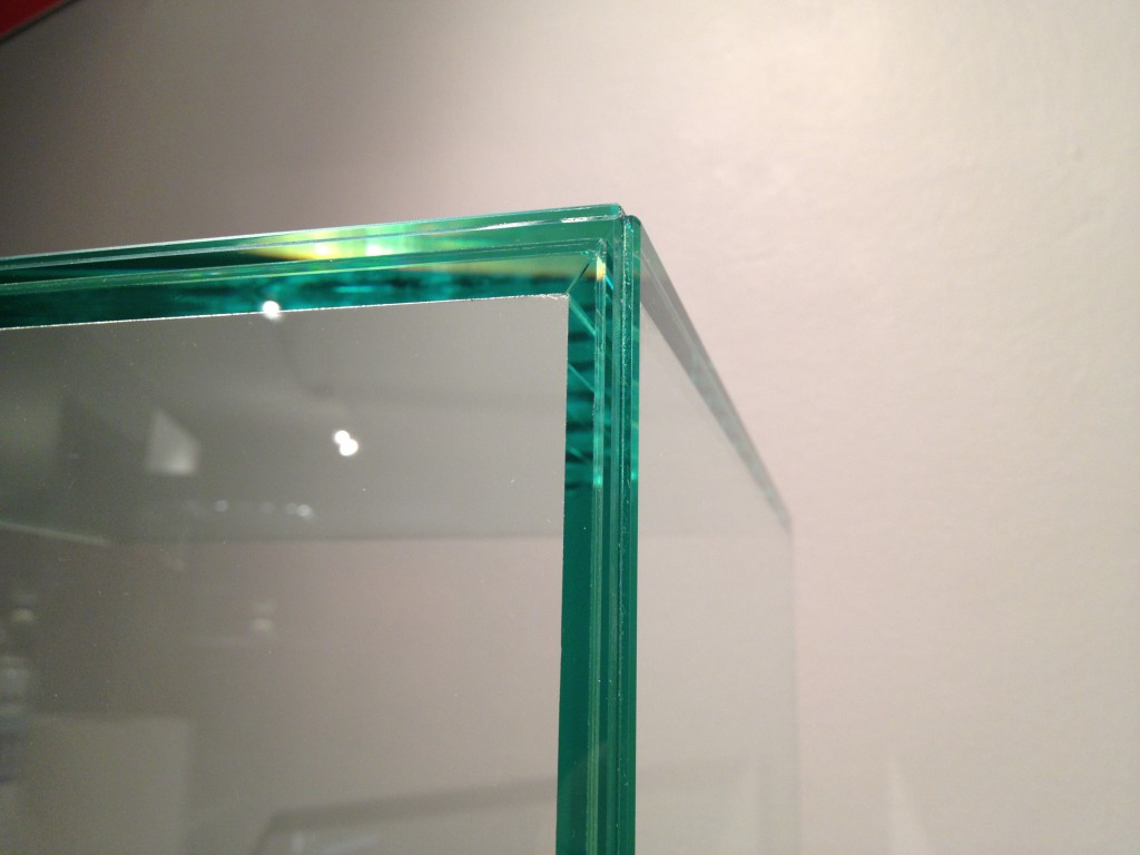 Mitred Glass Edge